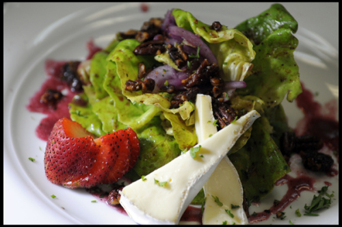 Bibb Lettuce, shaved Red Onions and Roasted Pecans tossed in a Homemade Blueberry Vinaigrette served with Brie Cheese.